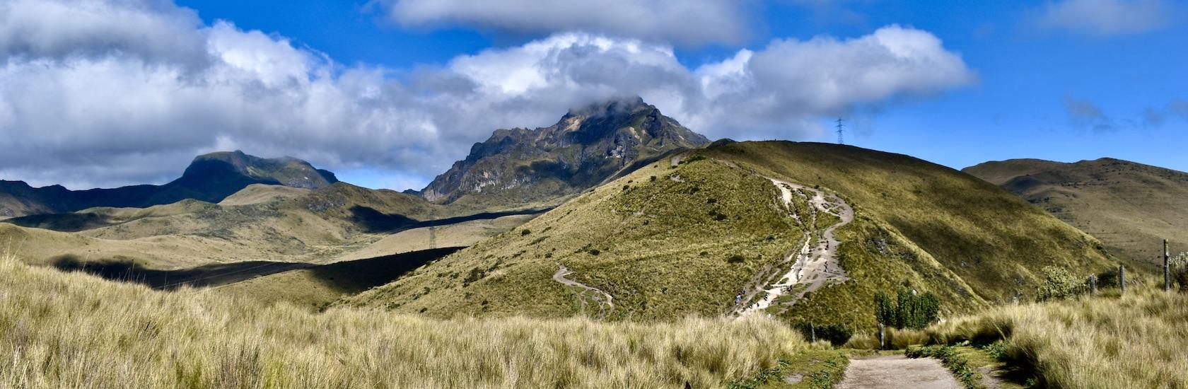 Pichincha hike Pure! Ecuador